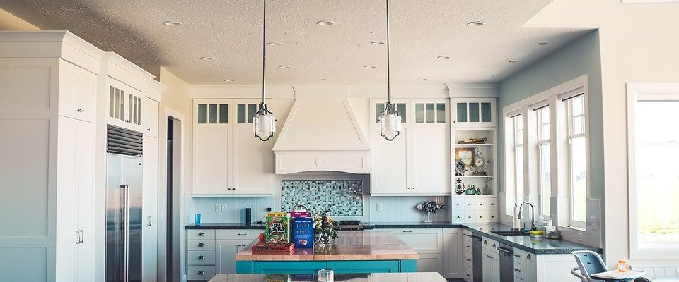 Easy Ways to Revitalise Your Kitchen Without a Complete Refit