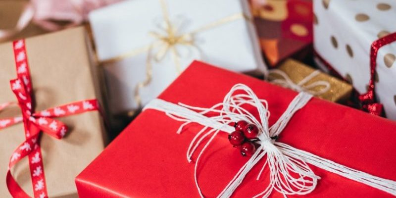 3 Tips For Giving More Personalized and Thoughtful Gifts